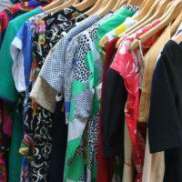 Wiskoza – materiał idealny na bluzki